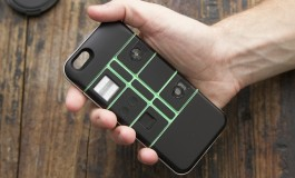 Nexpaq - pokrowiec modułowy do iPhone'a