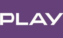 Rok internetu za darmo w Play w ofertach na kartę!